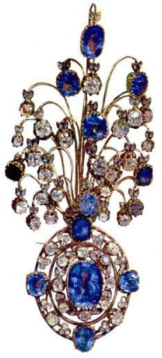 The Sapphire and Diamond Brooch in the Iranian Crown Jewels