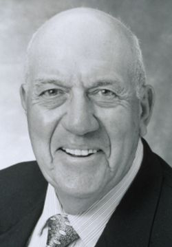 Bert Krashes, former Vice President and Member of Board of Governors of GIA