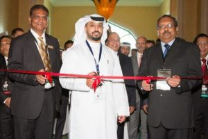 Executive Chairman DMCC, Ahmed bin Suleym (center), Chairman GJEPC, Vipul Shah (left) and H.E. the Indian Ambassador to the UAE T.P. Seetharam (right) jointly opening the Dubai GGJF at Atlantis, The Palm Hotel