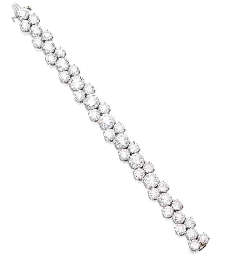Lot 453 - Fine platinum and diamond bracelet