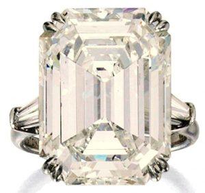 Lot 439 - Platinum and Diamond Ring by Harry Winston