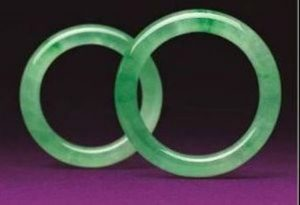 Pair of natural jadeite bangles