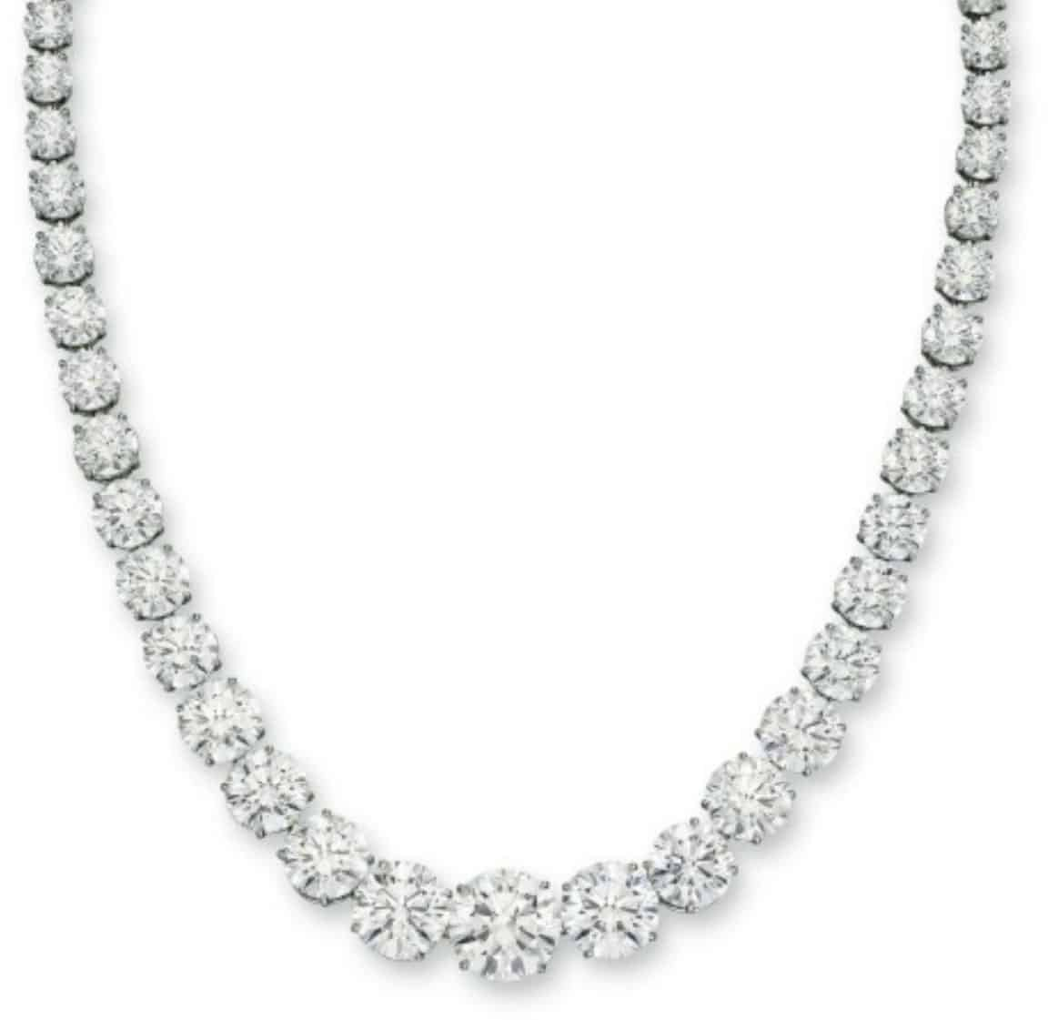 Lot 254 - An Important Diamond Necklace