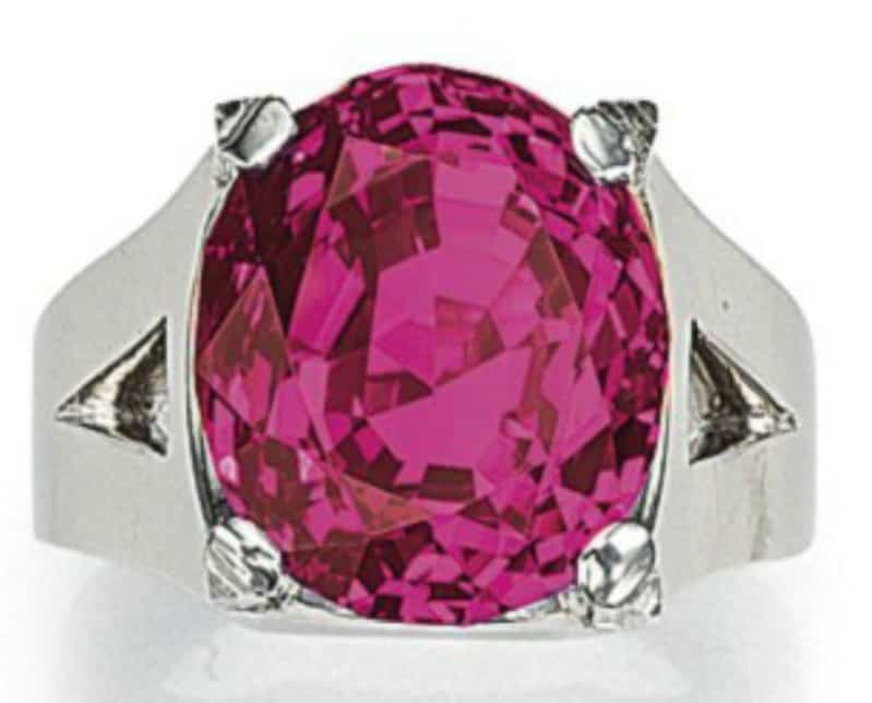 Lot 337 - 23.66-carat, oval-shaped, Queen of Burma ruby ring