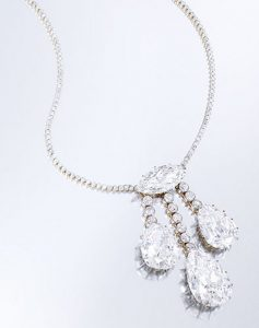 Lot 414 - Magnificent Platinum-Topped Gold And Diamond Necklace