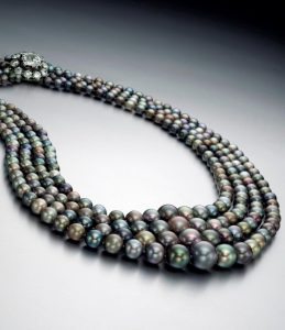 Lot 169 - A Magnificent and Rare Natural Colored Pearl and Diamond Necklace