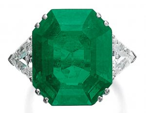 Lot 449 - Emerald and Diamond Ring