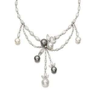 Lot 496 - Natural Pearl and Diamond Necklace, circa 1920