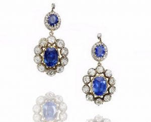 The Pair of Earrings of the Sapphire and Diamond Suite