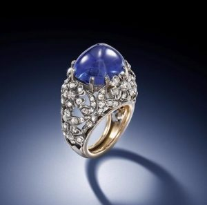Lot 165 - A Sapphire and Diamond Ring, circa 1925
