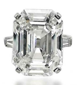 Lot 345 - A Diamond Ring by Bulgari