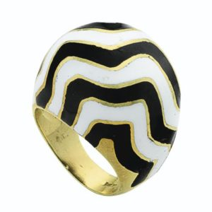 Lot 672 - Enamel and Gold Ring