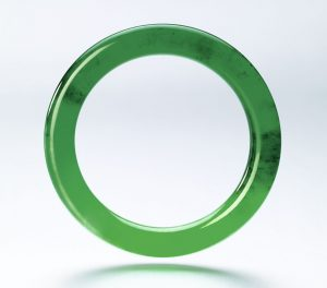 Lot 1790 - Another view of the Highly Important Jadeite Bangle