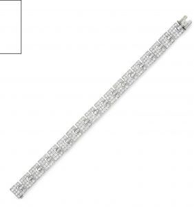 Lot 153 - A Diamond Bracelet