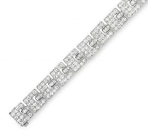 Lot 153 - Section of the Diamond Bracelet enlarged