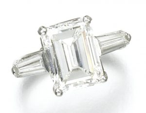 Lot 140 - Diamond Ring, set with a 4.66-carat, I-color, VVS2 clarity, step-cut diamond