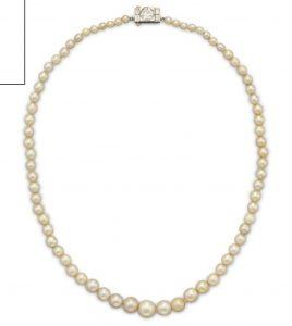 Lot 197 - A Belle Époque Single-Strand Natural Pearl Necklace