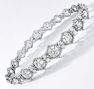Lot 1749 - Rare Belle Époque Diamond Choker, Cartier, Paris, 1909
