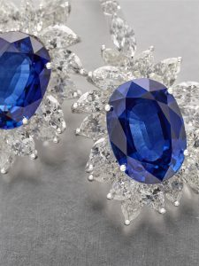sapphire-and-diamond-earrings