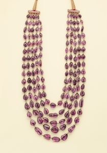 spinel-bead-necklace