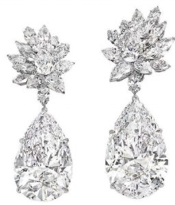 Lot 188 - MIROIR DE L'AMOUR (Mirror of Love) A SENSATIONAL PAIR OF DIAMOND EARRINGS, BY BOEHMER ET BASSENGE