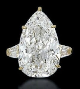 Lot 215 - A Dimond Ring by Cartier