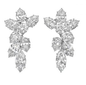 LOT 163 - A PAIR OF DIAMOND CLUSTER EAR PENDANTS, BY HARRY WINSTON