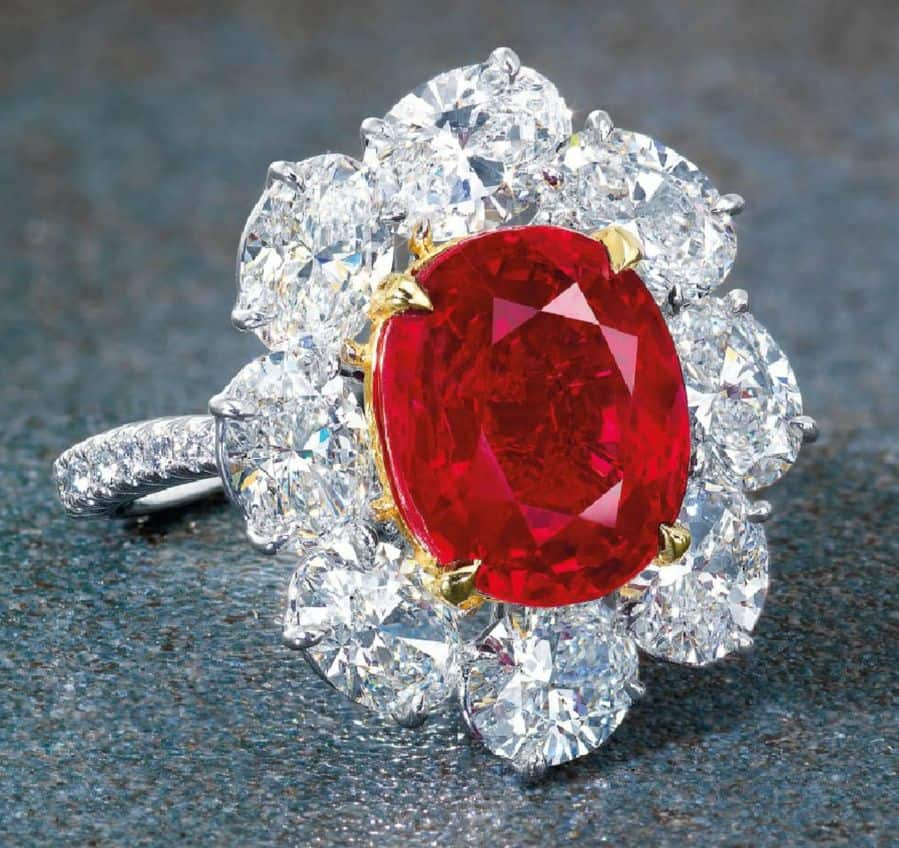 LOT 2087 - ANOTHER VIEW OF THE SUPERB RUBY AND DIAMOND RING, BY FAIDEE