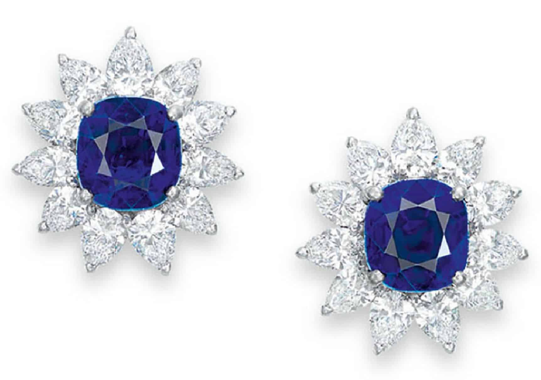 LOT 2048 - PAIR OF EARRINGS FROM THE SET OF SAPPHIRE AND DIAMOND JEWELRY