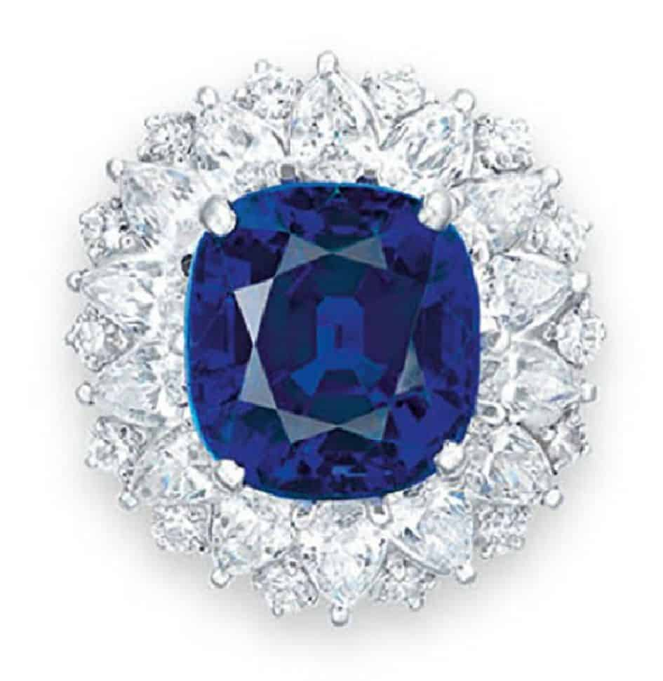 LOT 2048 - SAPPHIR AND DIAMOND RING FROM THE SET OF SAPPHIRE AND DIAMOND JEWELRRY