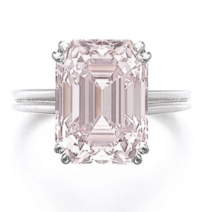 LOT 296 - FANCY INTENSE PINK DIAMOND RING