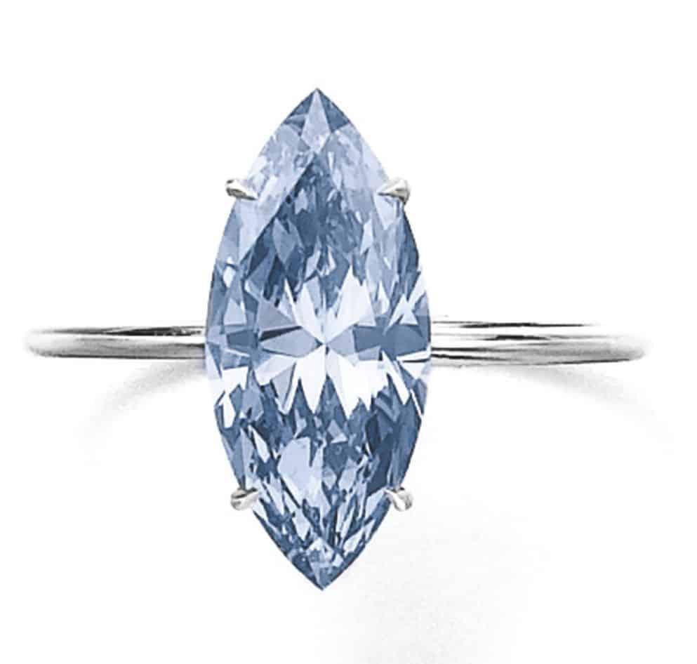 LOT 308 - FANCY VIVID BLUE DIAMOND RING