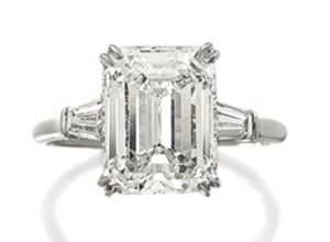 LOT 1724 - DIAMOND RING, HARRY WINSTON
