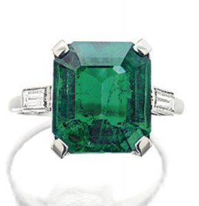 LOT 1777 - EMERALD AND DIAMOND RING, BOUCHERON, PARIS,