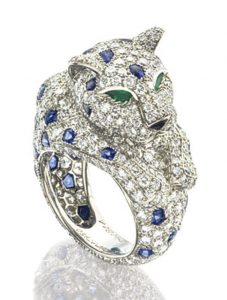 LOT 1704 - DIAMOND, SAPPHIRE, EMERALD AND ONYX RING, 'PANTHÈRE', CARTIER