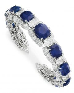 LOT 97 - A SUPERB SAPPHIRE AND DIAMOND CUFF BRACELET, BY DAVID MORRIS