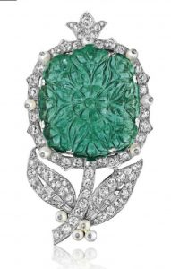 LOT 316 - AN EMERALD, PEARL AND DIAMOND FLOWER BROOCH, BY CARTIER