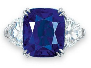 LOT 2083 - AN IMPORTANT SAPPHIRE AND DIAMOND RING, BY HARRY WINSTON