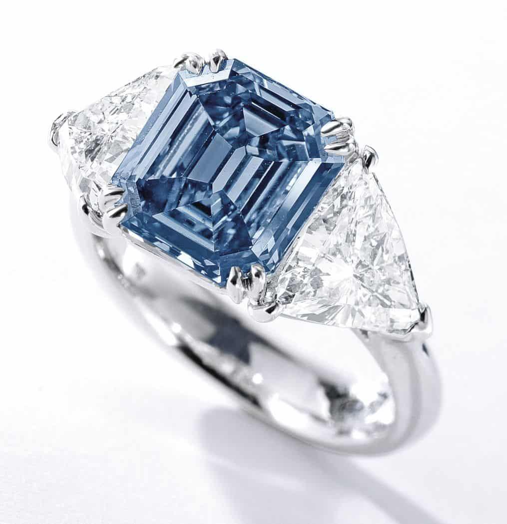 Lot 363A - Fancy vivid blue diamond ring