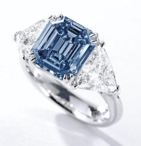 Lot 363A – Fancy vivid blue diamond ring