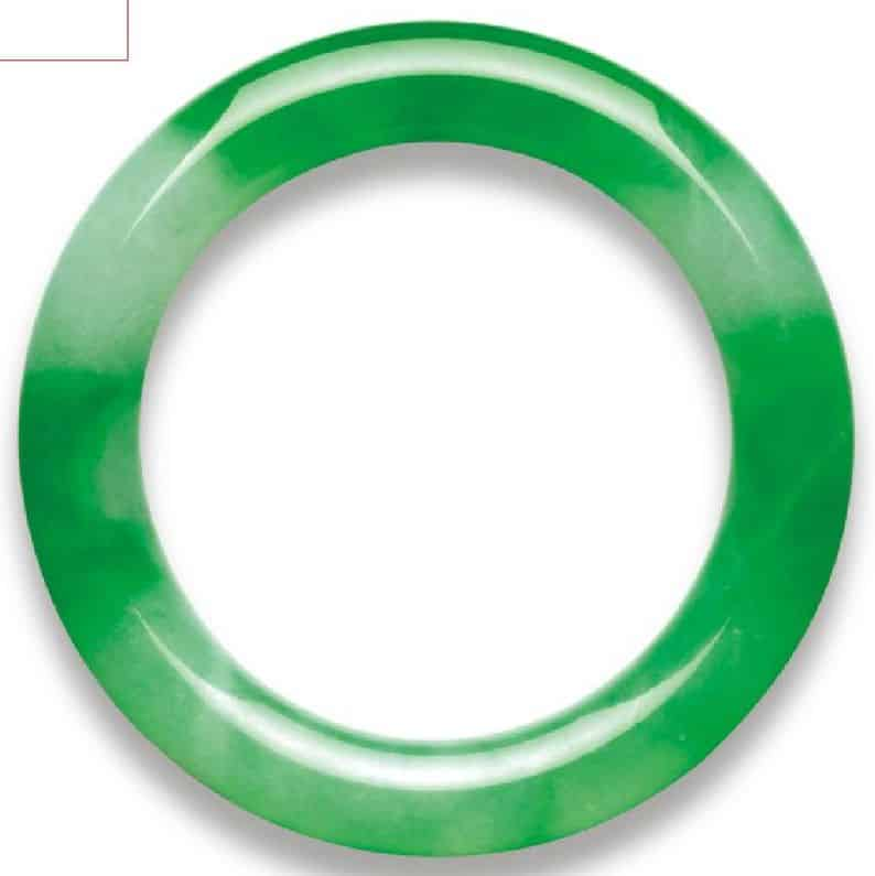 LOT 2061 - AN IMPORTANT JADEITE BANGLE