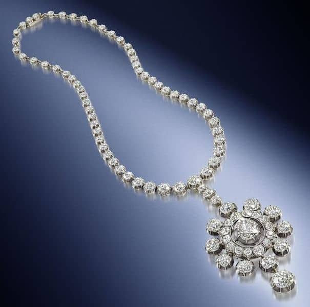 LOT 91 - A 19TH CENTURY DIAMOND PENDANT/NECKLACE