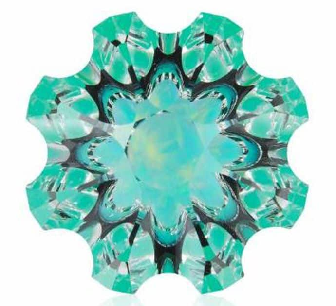 INNOVATIVE FACETING 1ST PLACE - CHRISTOPHER WOLFSBERG, 32.75-CARAT SPECIALTY CUT QUARTZ WITH CHRYSOPRASE AND OPAL