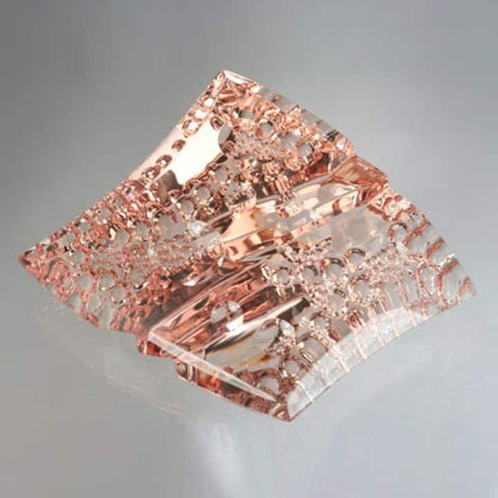 CARVING 3RD PLACE, JOHN DYER, 115.71 CT. MORGANITE CARVING TITLED JOYFUL MORGANITE