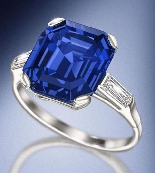 LOT 186 - FINE SAPPHIRE SINGLE STONE RING, CIRCA 1961