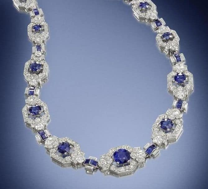 LOT 185 - SECTION OF THE SAPPHIRE AND DIAMOND ART DECO NECKLACE ENLARGED