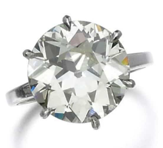LOT 6 - DIAMOND RING
