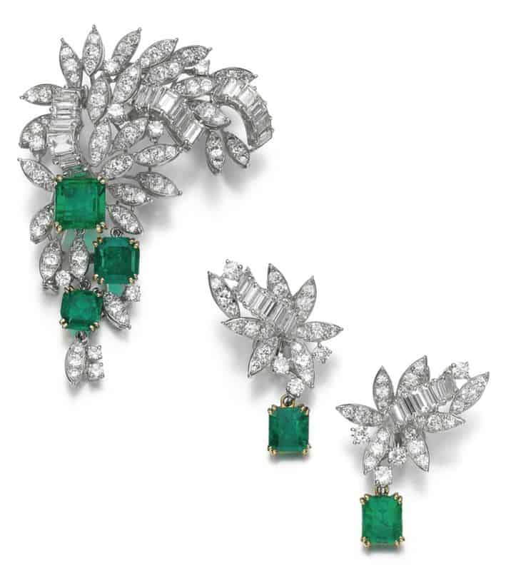LOT 97 - DIAMOND AND EMERALD DEMI-PARURE, MONTURE BOUCHERON, 1960S