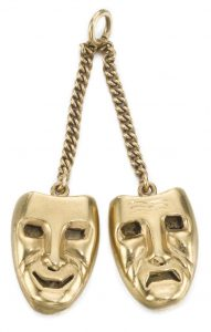 LOT 319 - COMEDY AND TRAGEDY PENDANT
