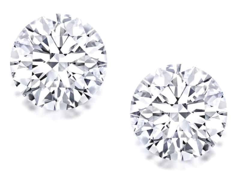 LOT 1686 - FINE PAIR OF UNMOUNTED DIAMONDS